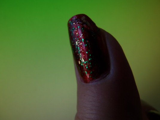 12 - Opal's Gems - Christmas Wrap nails