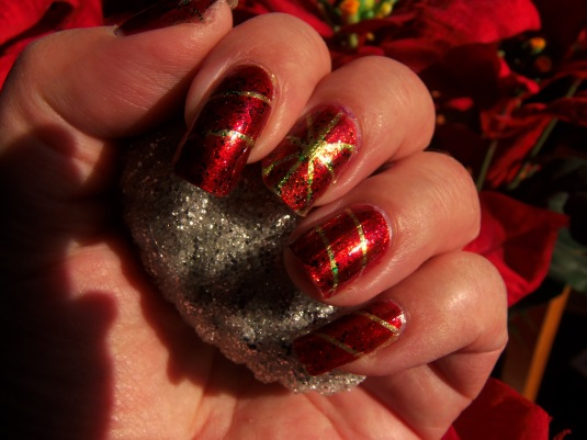 14 - Opal's Gems - Christmas Wrap nails