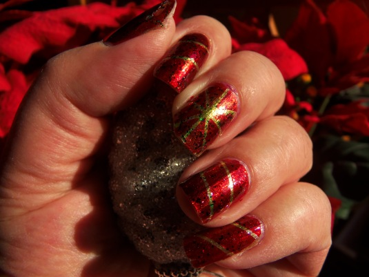 15 - Opal's Gems - Christmas Wrap nails