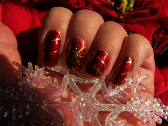 16 - Opal's Gems - Christmas Wrap nails