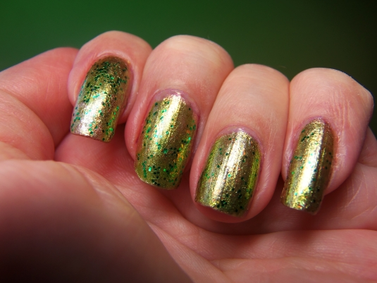 2 - Opal's Gems - Christmas Wrap nails