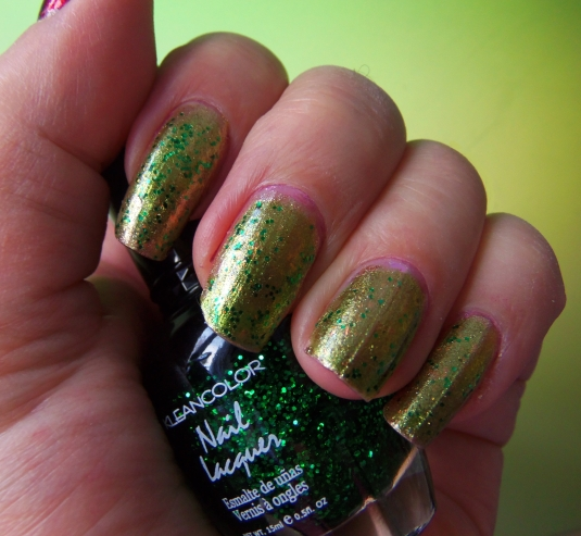 3 - Opal's Gems - Christmas Wrap nails