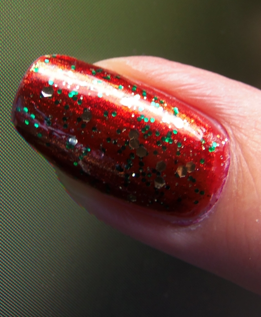 6 - Opal's Gems - Christmas Wrap nails